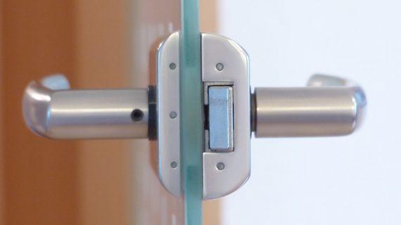 דברים שחשוב לדעת על דלתות זכוכית