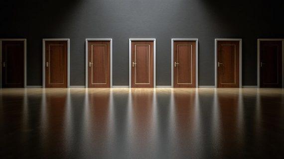 כל מה שצריך לדעת על דלתות